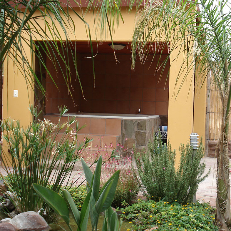 Jacuzzi (hot water spa)